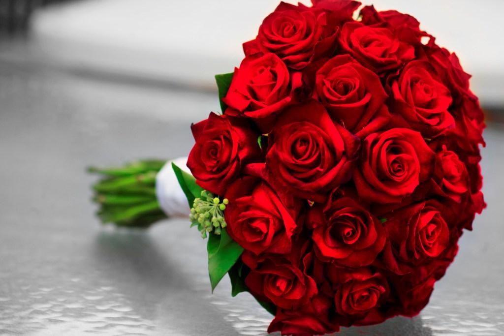 red rose bridal bouquets  sweet floral, Natural flower